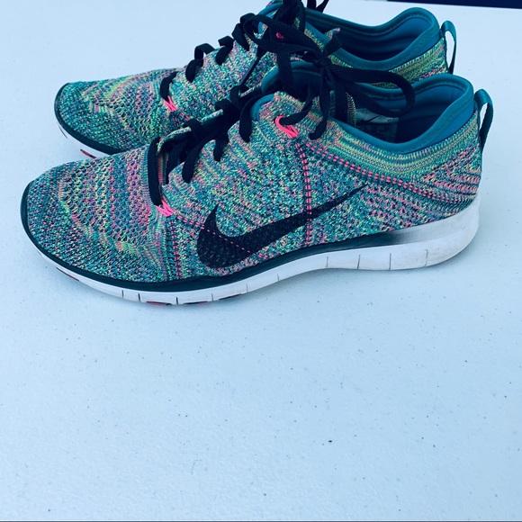 huge selection of 1773c da4ef Nike Free 5.0 TR Fly Knit Women s Size 8. M 5d03a539d948a13cb890d33e